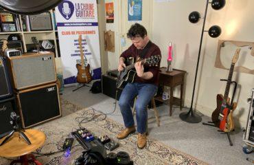 Session au showroom : Sylvain Luc joue son