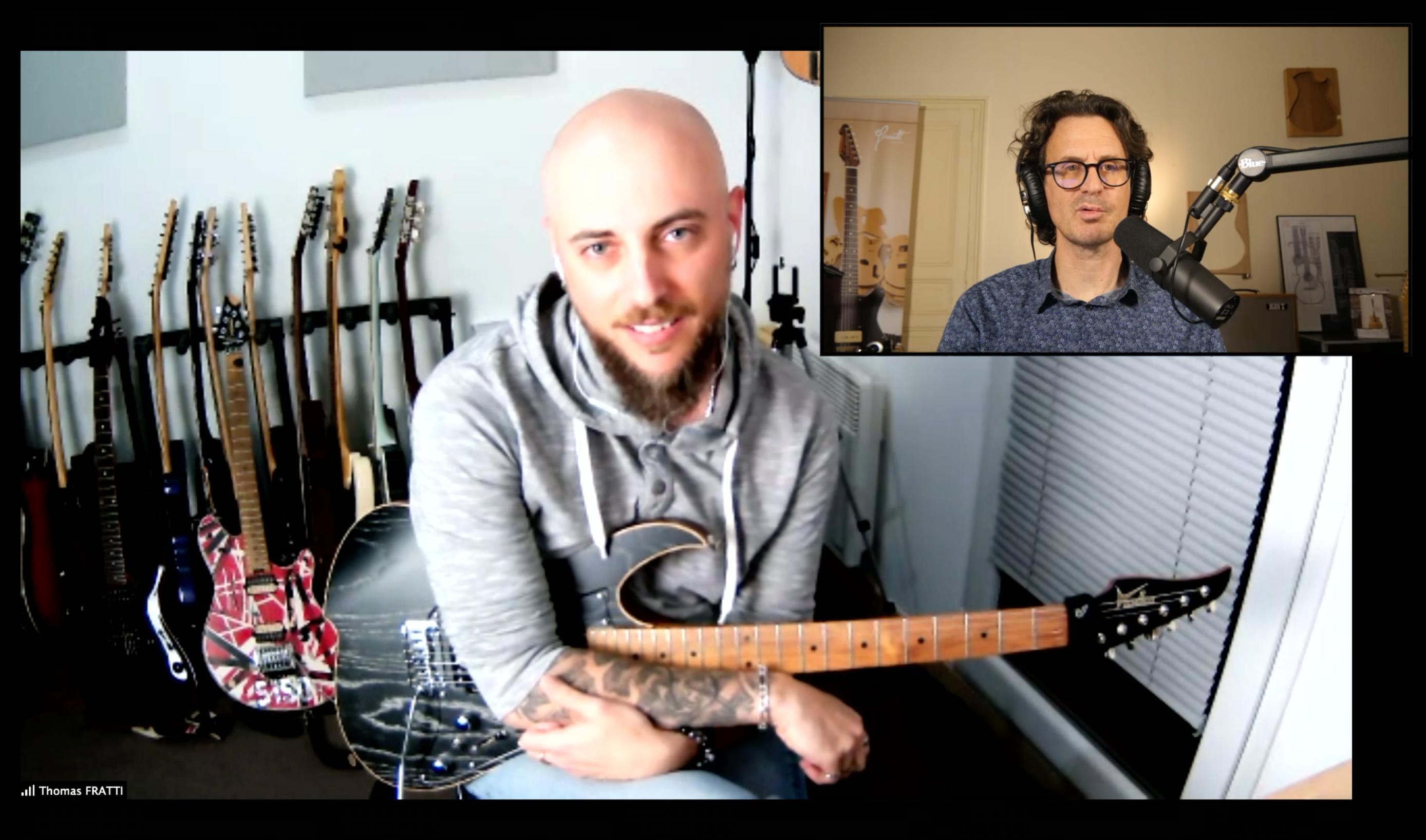 Thomas Fratti interview en direct et guitare à la main